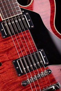 Collings I-35 Deluxe Faded Cherry