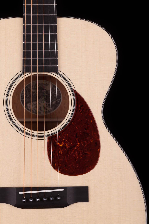 Collings 01 Single 0 14 Fret Acoustic Guitar