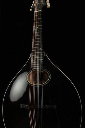 Collings MT O Oval Hole A-Style Mandolin