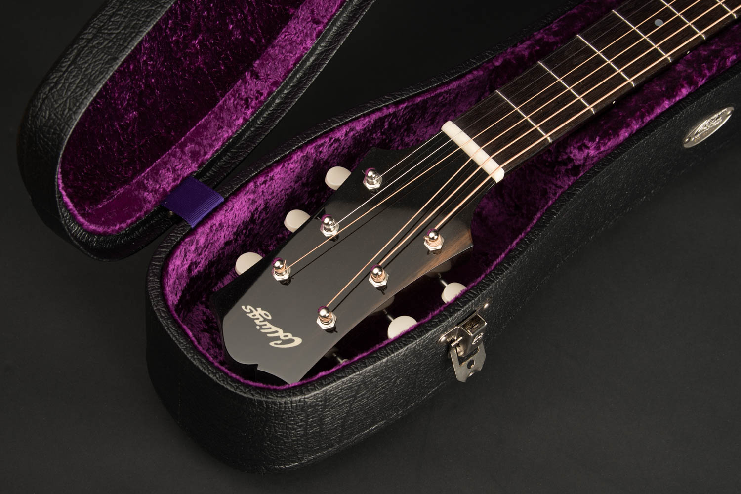 Collings Cases | Original Vintage-inspired Guitar and